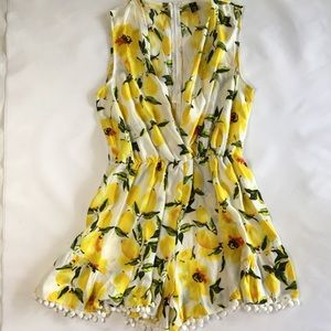 Choies Lemon sleeveless romper Medium